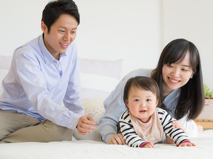 妻と夫と赤ちゃん